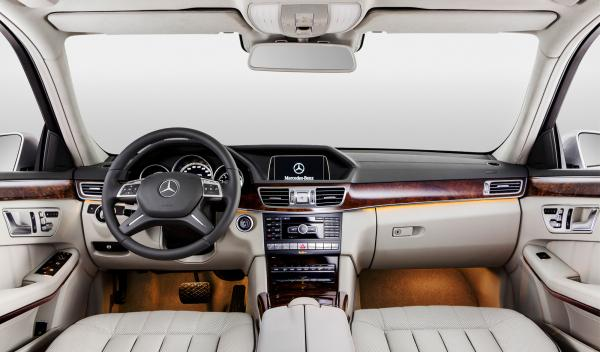 Mercedes Clase E Long interior