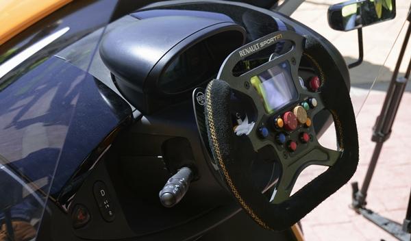 Renault Twizy Renault Sport F1 detalle volante