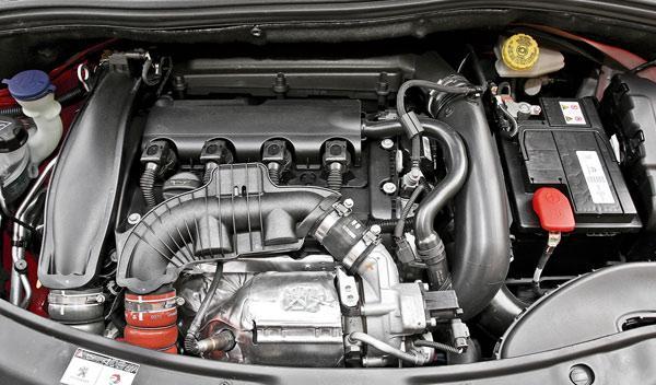Peugeot 208 THP motor