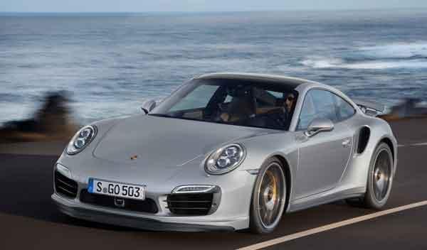 Porsche 911 Turbo y Turbo S morro