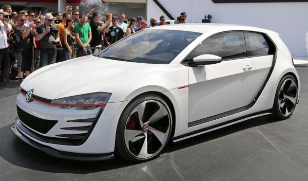Volkswagen GTI delantera