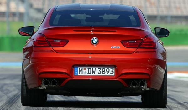 BMW M6 Competition Package delantera trasera
