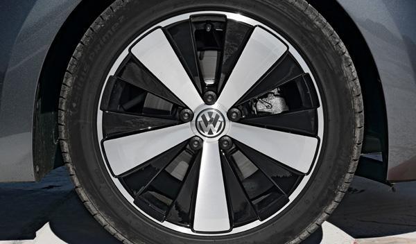 Volkswagen-Bettle-Cabrio-llantas