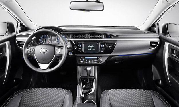 Toyota Corolla 2014 europeo salpicadero