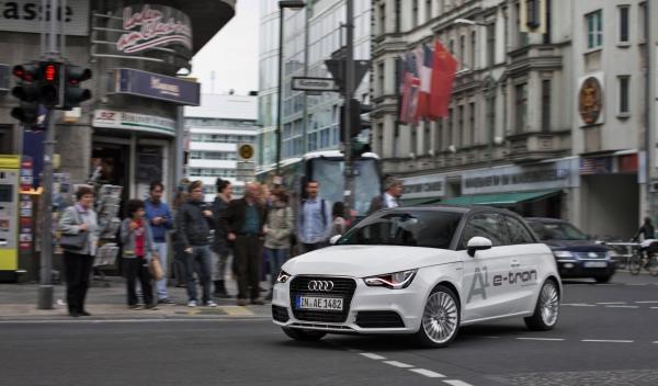 Audi A1 e-tron Delantera