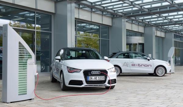 Audi A1 e-tron carga