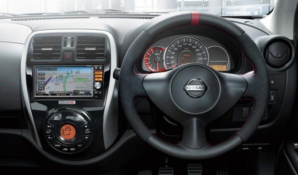 Nissan Micra Nismo salpicadero