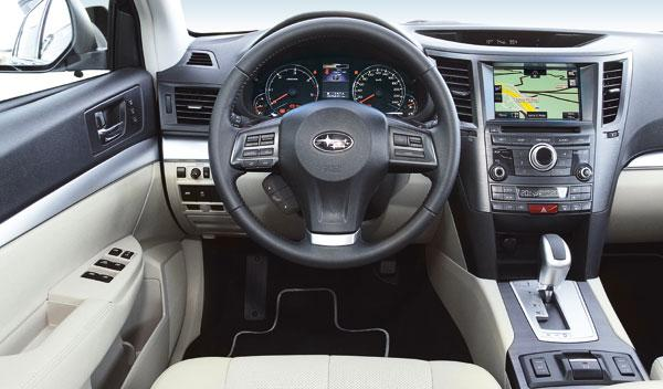 Subaru Outback 2.0 D Lineartronic interior