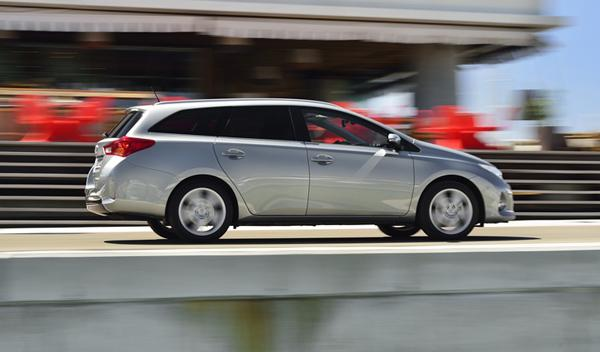 Toyota Auris Touring Sports lateral