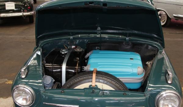 Seat-600-maletero
