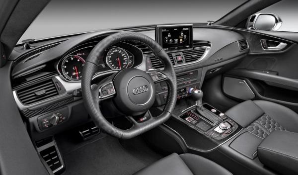 Audi RS7 puesto de conducción