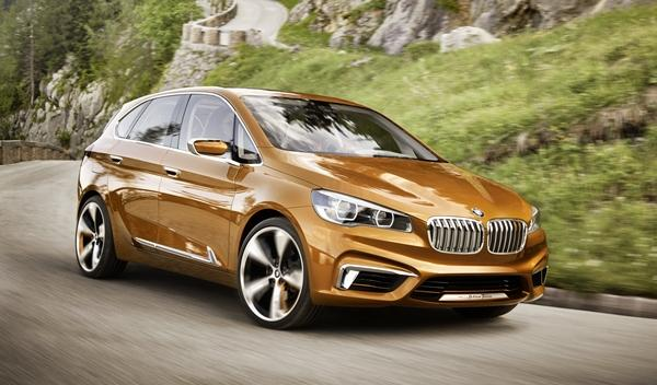 BMW Concept Active Tourer Outdoor frontal derecha