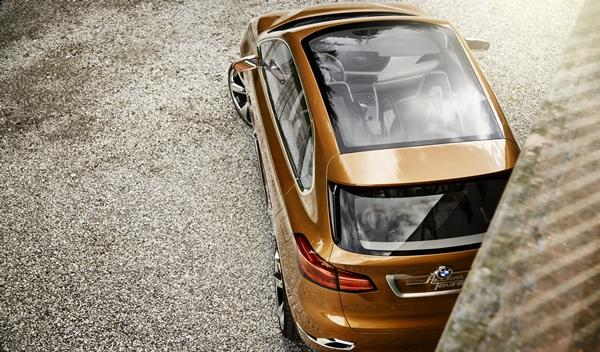BMW Concept Active Tourer Outdoor techo
