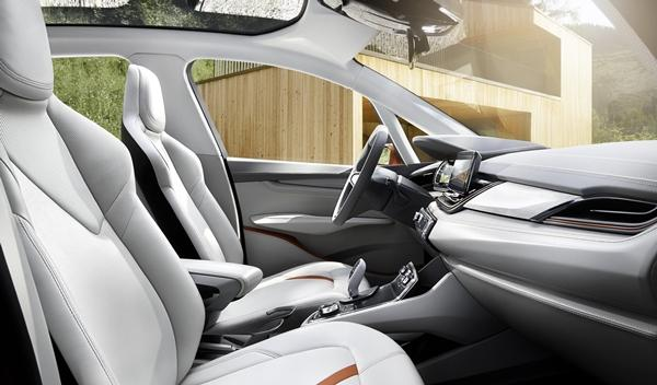 BMW Concept Active Tourer Outdoor interior