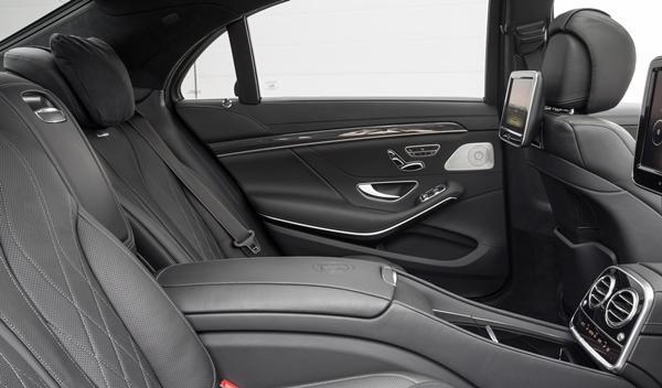 Mercedes S63 AMG plazas traseras