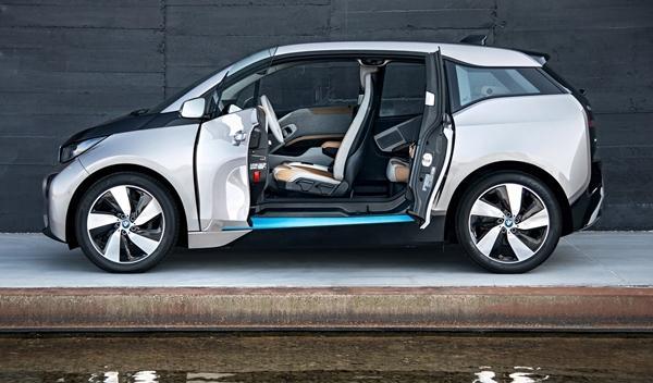 BMW i3 de producción puertas