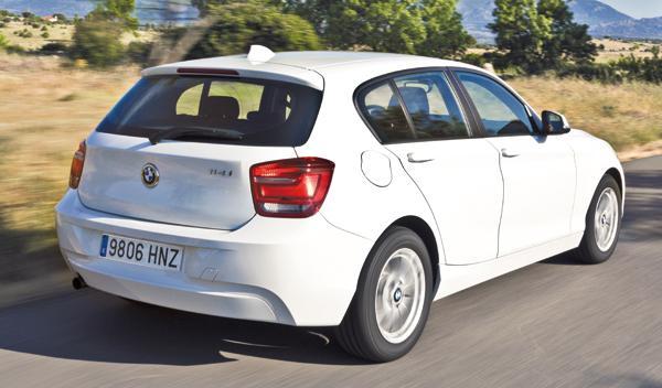 BMW 114i trasera