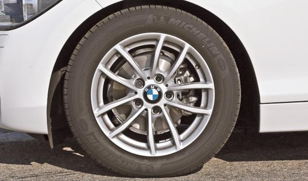 BMW 114i llantas de aleación