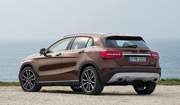 Nuevo Mercedes GLA trasera