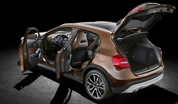 Nuevo Mercedes GLA maletero
