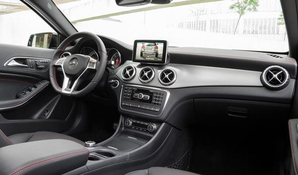 Nuevo Mercedes GLA interior 1