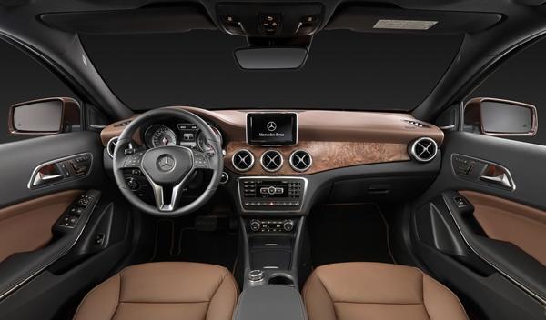 Nuevo Mercedes GLA interior 2