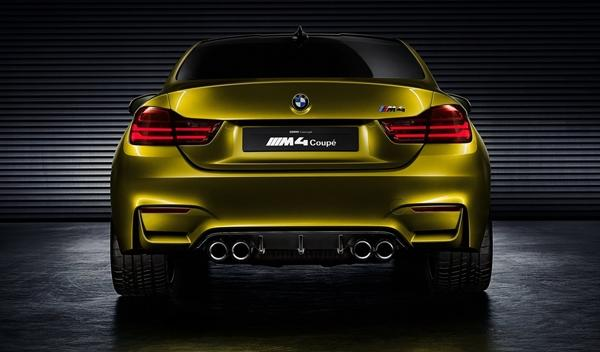 BMW Concept M4 Coupe trasera 2