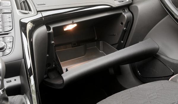Opel Cabrio guantera