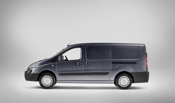 Toyota Proace lateral