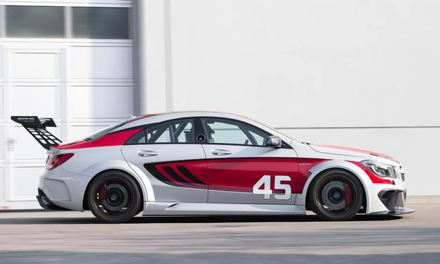 Mercedes CLA 45 AMG Racing Series lateral