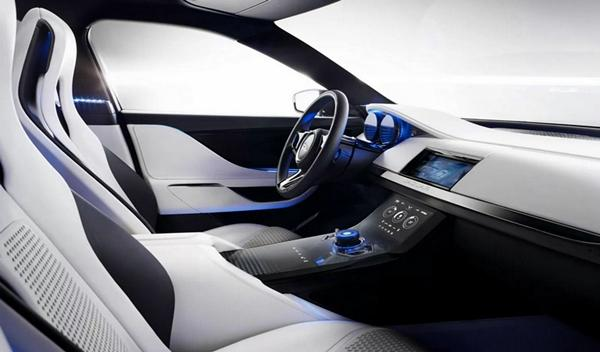 Jaguar C-X17 interior