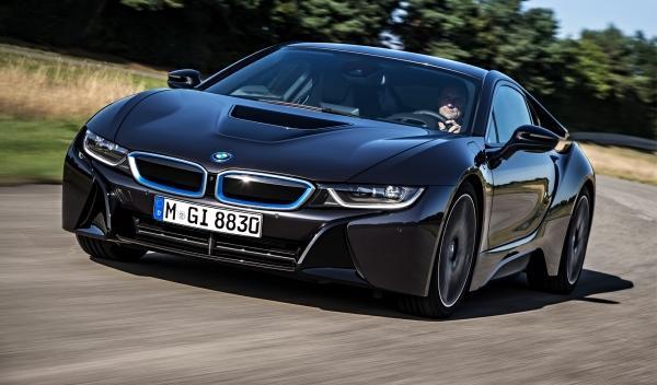 BMW i8 delantera dinámica