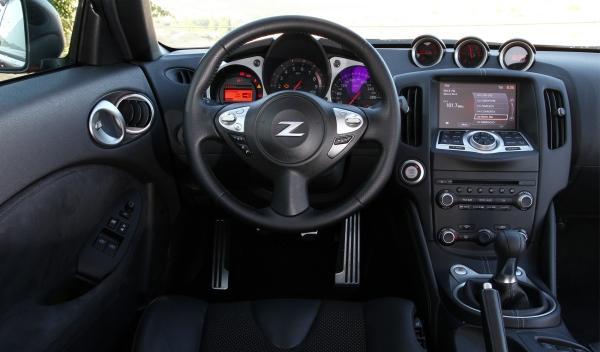 Nissan 370 Z Salpicadero