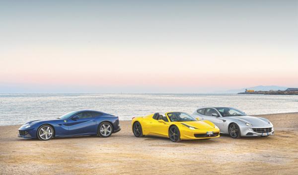 Ferrari-F12-Ferrari-FF-Ferrari-458-Spider-playa-aguilas-murcia