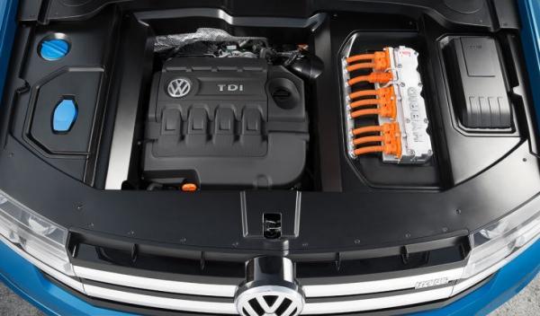 Volkswagen CrossBlue motor TDI + eléctrico