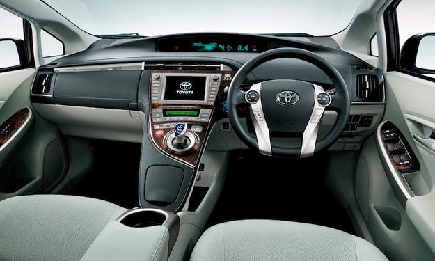 Toyota Prius 2014 interior