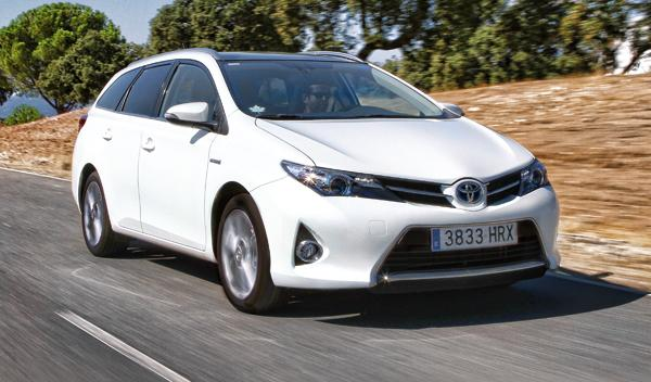 toyota auris touring sport hybrid active frontal