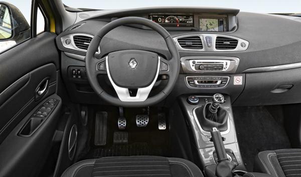 Renault Scénic XMod 1.5 dCi 110 salpicadero