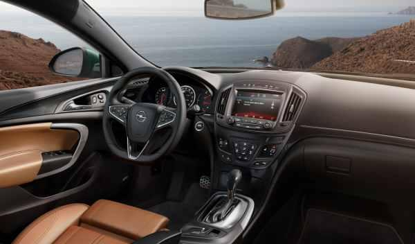 Opel Insignia 2013 interior