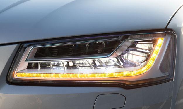 Audi A8 2013 faros