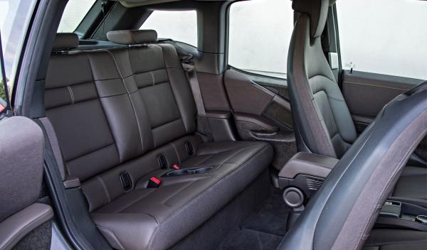 BMW-i3-asientos-traseros