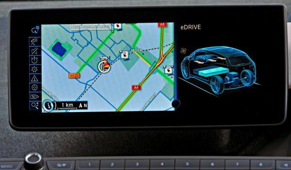 BMW-i3-puntos-recarga