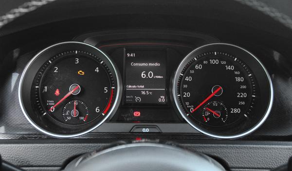 Volkswagen Golf GTD 2013 relojes