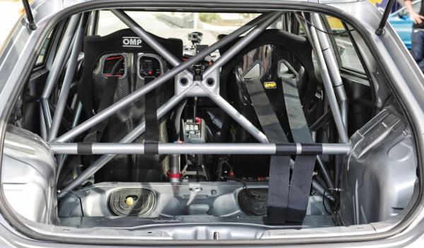 Seat-León-Cup-Racer jaula