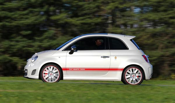Abarth 595 50 Aniversario lateral