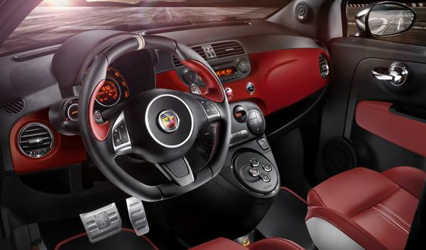 Abarth 595 50 Aniversario interior