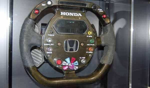 volante f1 museo honda