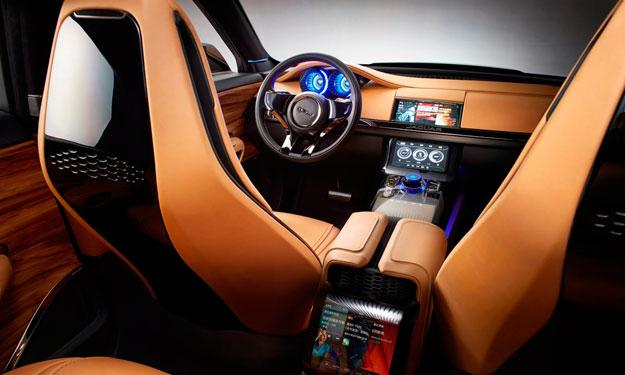 Jaguar C-X17 cinco plazas interior