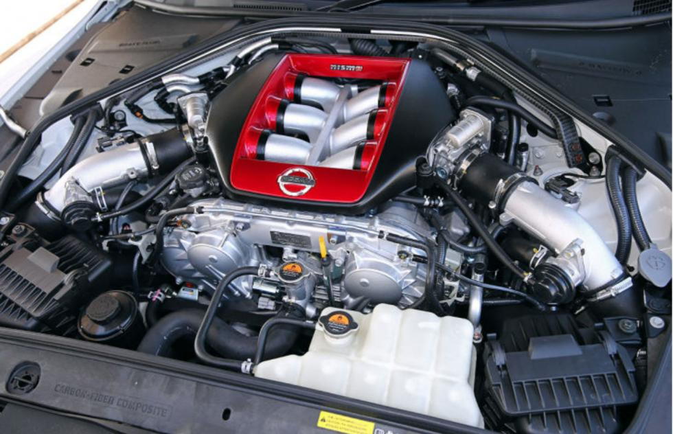 Nissan GT-R Nismo Track Pack motor
