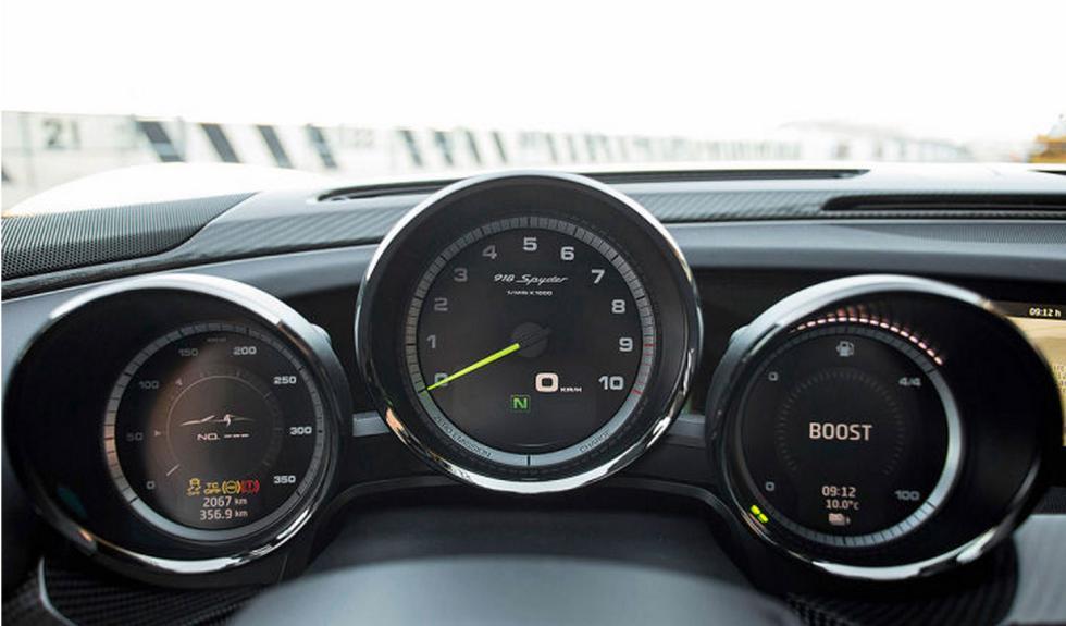 Porsche 918 Spyder relojes